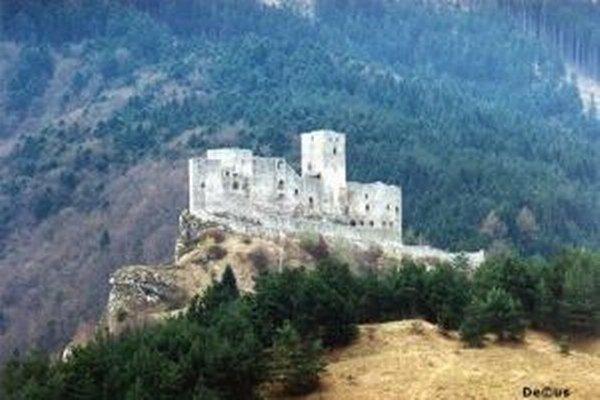 Na hrade Strečno i pod hradom bude do nedele KonzervaFest.