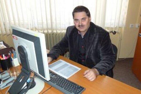 Ivan Ferenc pôsobí ako manažér v martinskej nemocnici.