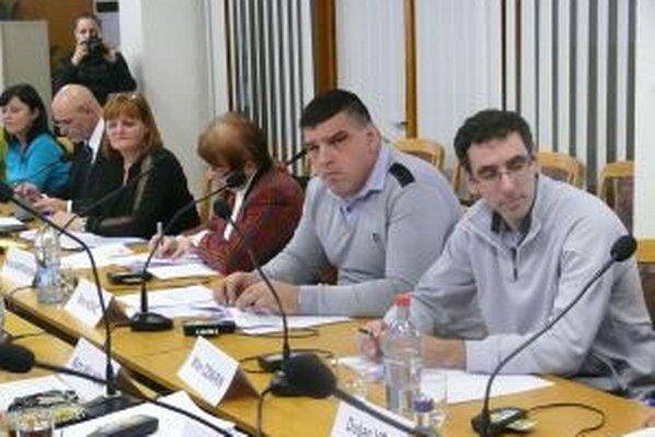 Poslanci Turč. Teplíc rokovali najmä o personálnych otázkach.