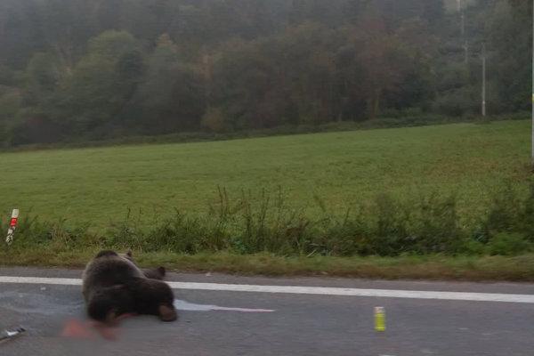Nehoda sa stala v Ružomberku pri Bielom Potoku.