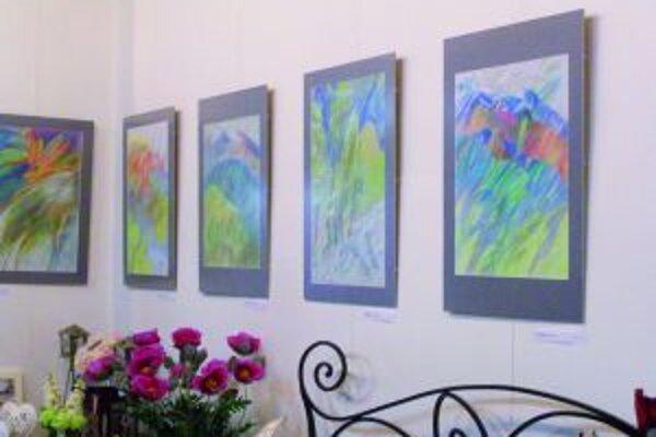 Z výstavy Jany Jamborovej v Gallery JJ.