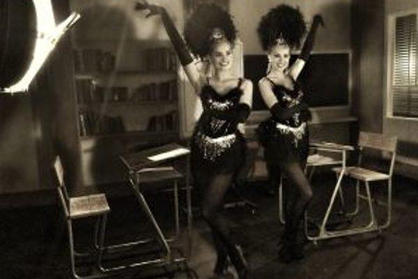 Linda (vľavo) si zahrala jednu zo slávnych sestier Kesslerových.