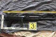 Zbraň zaistili pri domovej prehliadke