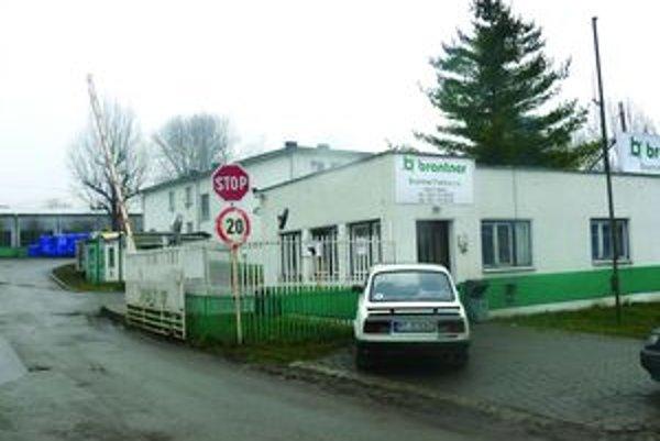 Areál bývalých technických služieb, neskôr firmy Brantner bude mať nového majiteľa. Poslanci jeho predaj schválili.