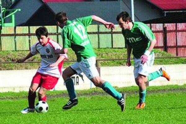 Miodrag Smerac (v bielom) strelil tretí gól Turian.