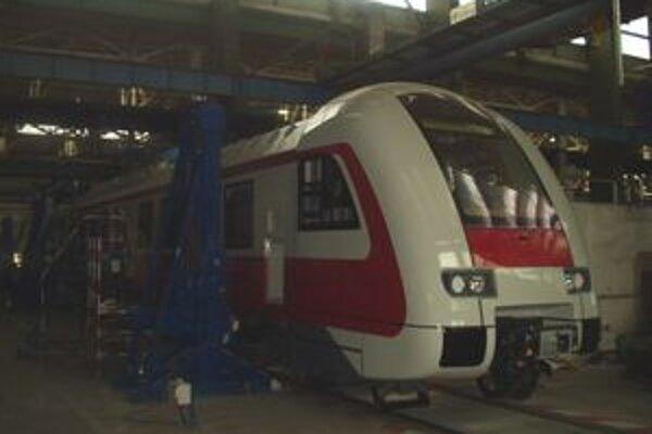 Po Slovensku bude od jesene premávať dvanásť takýchto vlakov.