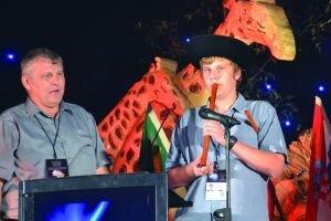 V Durbane. Matúš Ján v súťaži exceloval hlavne s vedomosťami z biológie, ovláda aj hru na píšťalke.