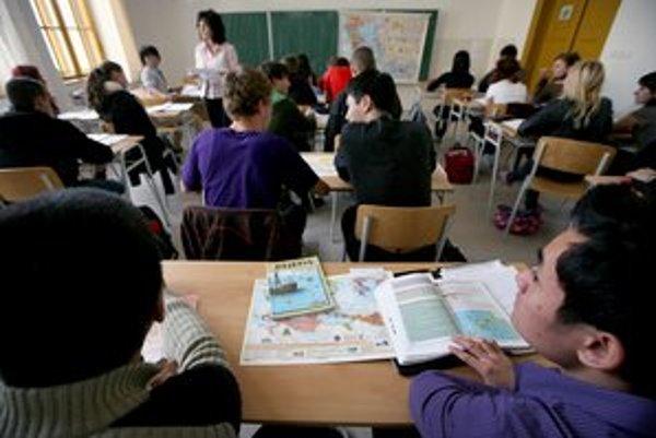 Gymnáziá nová vláda neobľubuje.