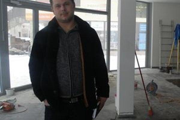 Posledné úpravy - podľa podnikateľa Michala Kurica priestor zvonka ani zvnútra nepôsobí ako krčma.