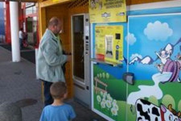 Druhý mliečny automat v Turci sprevádzkoval VKM Necpaly.