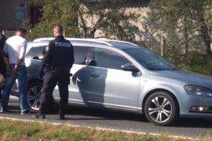 Polícia zadržala muža priamo na ceste v Čiernej Lúke.