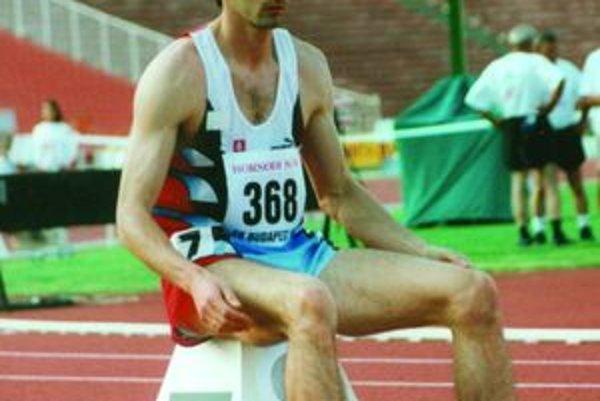 Štefan Balošák tesne pred štartom pretekov.