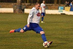Kanonier Ján Novák strelil v tejto sezóne takmer polovicu gólov Trebišova.