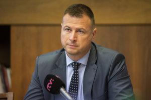 Minister spravodlivosti Gábor Gál počas schôdze Ústavnoprávneho výboru.