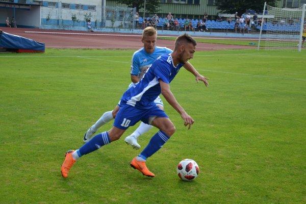 Strelcom dubnického gólu bol Mikuš.
