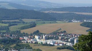 Keď utekajú ľudia. Desať slovenských miest, ktorým ubudlo najviac obyvateľov