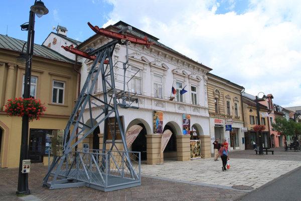 Múzeum Janka Kráľa sa nachádza priamo v centre Liptovského Mikuláša.
