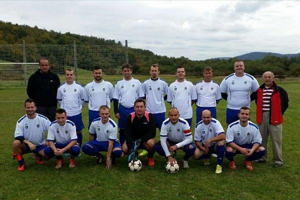 Futbalisti Uličského Krivého.