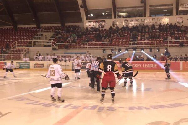 Foto z prvého domáceho zápasu sezóny proti nováčikovi z Ostravy.