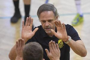 Tréner košických volejbalistov Richard Vlkolinský žije v Prešove a pracuje v Humennom.