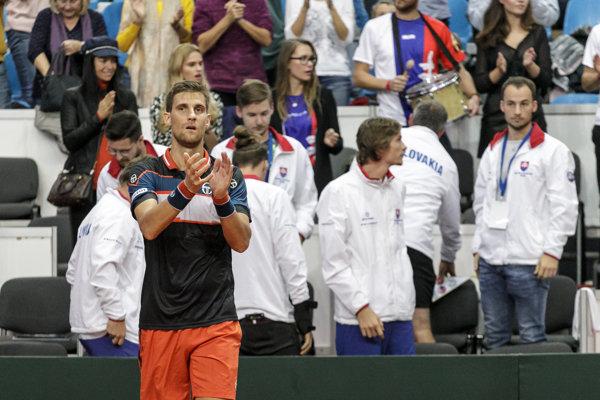 Martin Kližan sa raduje z víťazstva.