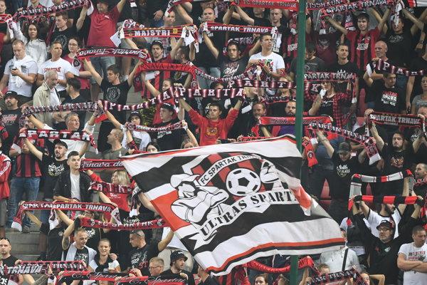 Fanúšikovia FC Spartak Trnava.