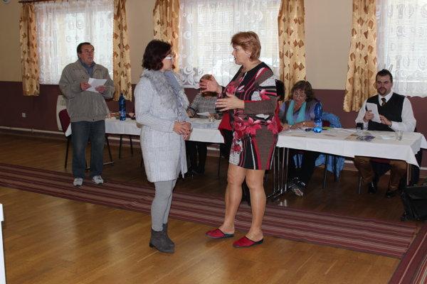 Pokojné voľby si pochvaľujú aj kúsok od Beluše v Dolných Kočkovciach.