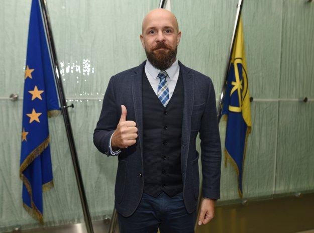 Peter Bročka obhájil svoj post.