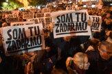 Bratislavské Námestie SNP zaplnili nespokojní ľudia