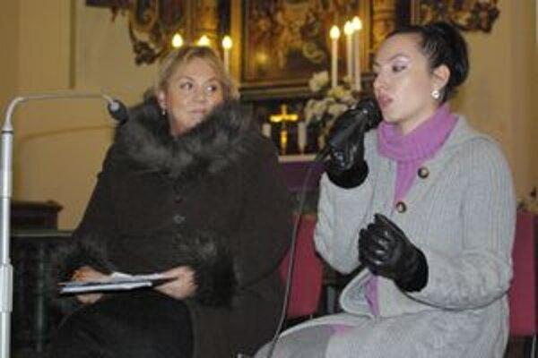 Daniela Sadloňová v rozhovore s hlavným hosťom.