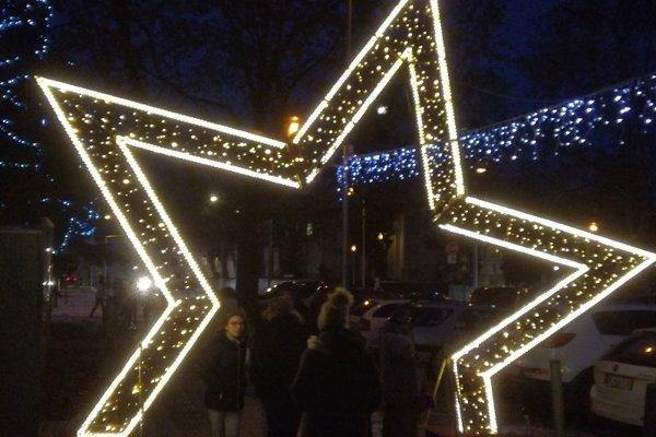 Minulý rok kúpila radnica novú svetelnú bránu v tvare hviezdy