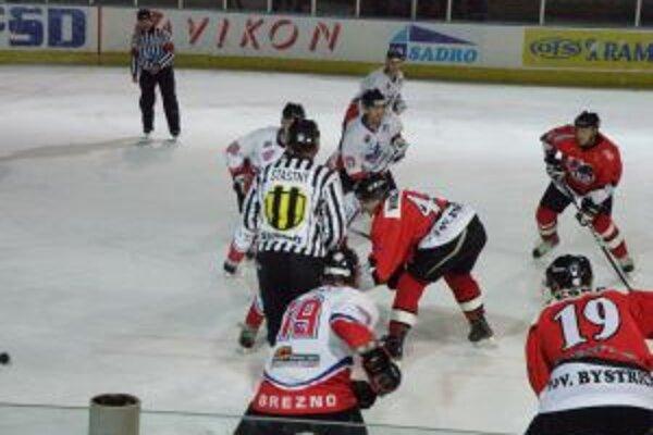 Pov. Bystrica (v červenom) napriek veľkej prevahe na Brezno nestačila.