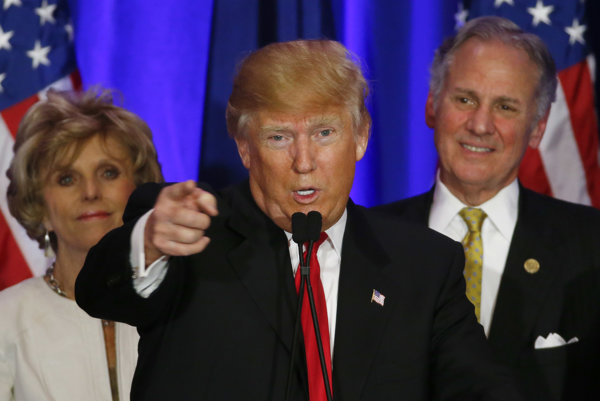 Sú to kriminálnici a znásilňujú ženy, hovorí Trump.