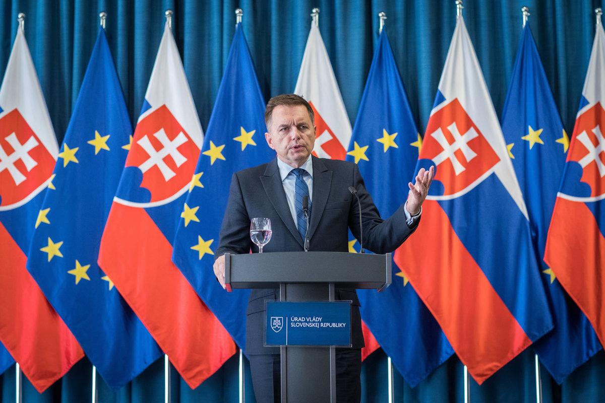 4f25c7e422e5 Makúch končí vo funkcii guvernéra Národnej banky - ekonomika.sme.sk