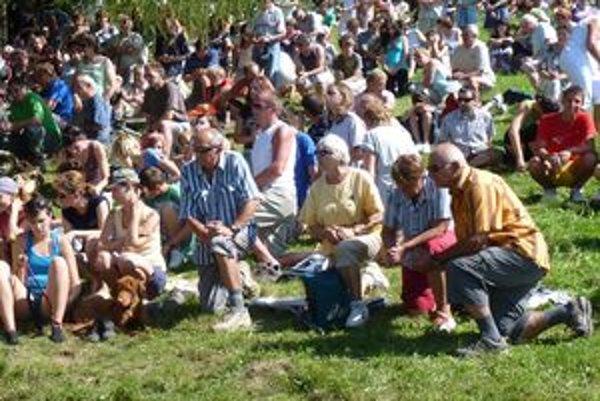 Ku kaplnke na Brezovej prišla asi tisícka pútnikov.