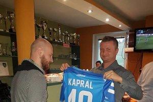 Hrajúci tréner Jaroslav Kaprál.