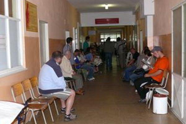 Ilustračné foto. Dlhé čakanie na ošetrenie pacientov podnietilo k petícii.