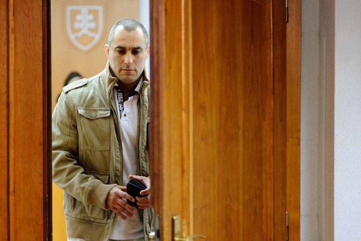 Krajský súd zrušil rozsudok vo veci expolicajta Tiefenbacha z procesného dôvodu - SME