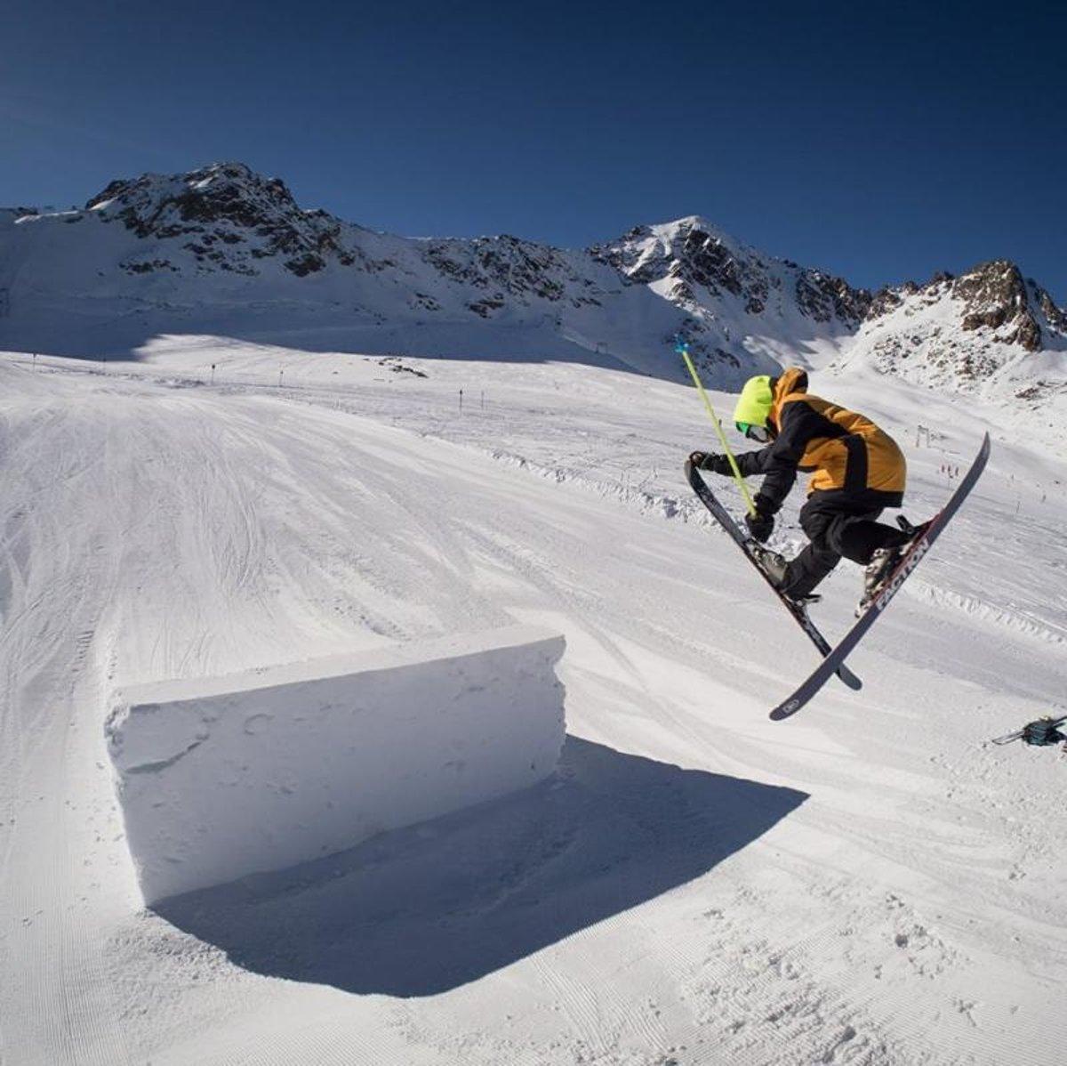 25b84191b1 Rozhovor s akrobatickým lyžiarom Michalom Oravcom - Šport SME