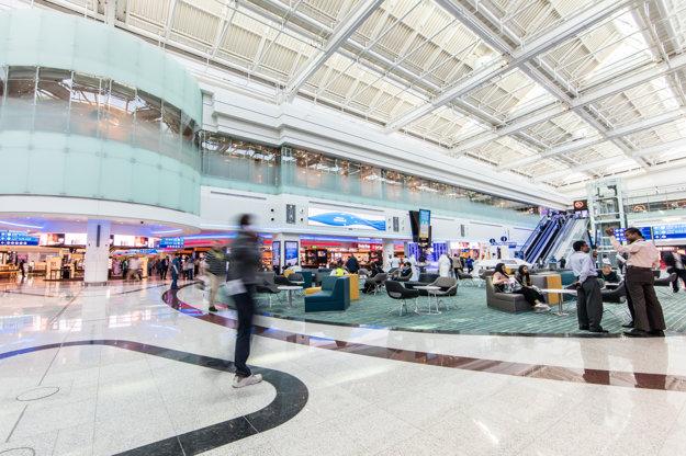 Do nového terminálu naliali investori miliardu dolárov.