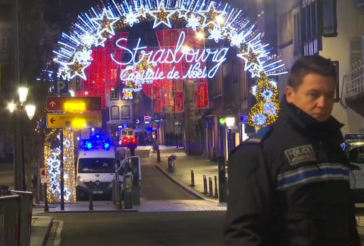 e5f34ac24976 Štrasburg  Na trhoch sa strieľalo