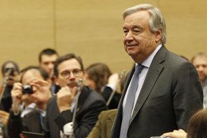 Antonio Guterres na konferencii v poľských Katoviciach.