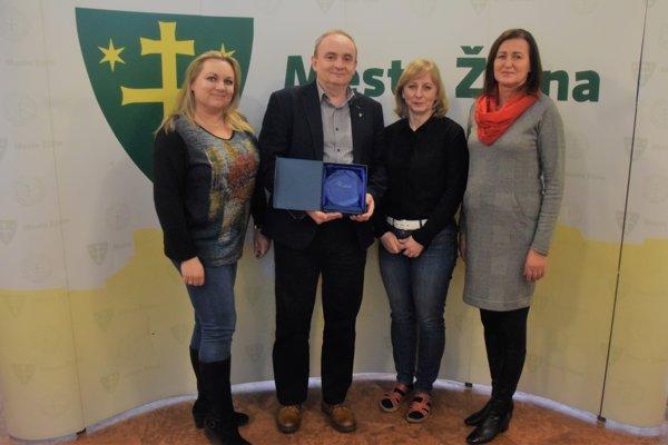 Mesto Žilina získalo významné ocenenie. Cenu prebral Roman Osika.