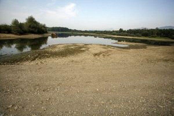 V priehrade je vyše sedemdesiat percent vody. V roku 2003 bola naplnená len na polovicu.