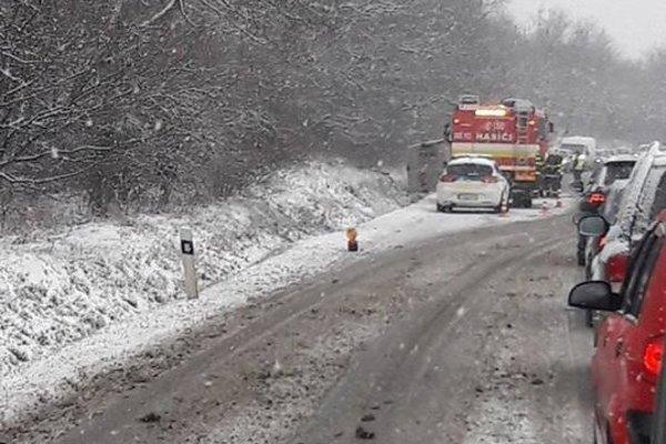 Nehoda v obci Šarišské Michaľany.
