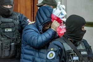 4. októbra. Zoltán Andruskó obvinený z účasti na Kuciakovej vražde spolupracuje s políciou. Za objednávateľa vraždy údajne označil Mariana Kočnera.