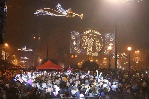 Takto vyzerali oslavy Silvestra v Prešove vlani.