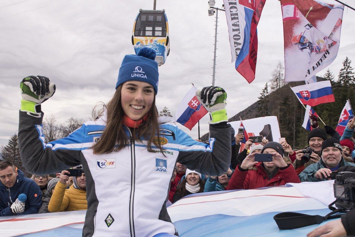 c8076001df FOTO  Petra Vlhová druhá v slalome v Semmeringu 2018 - Šport SME