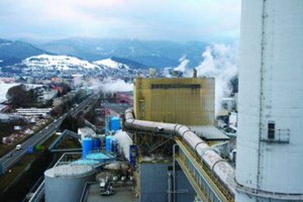 Online monitoring mapuje stav emisií, znečisťujúcich látok vypúšťaných aj zo zdrojov v ružomberských papierňach.