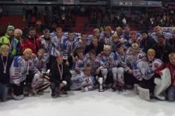 Hokejoví dorastenci MHK 32 Liptovský Mikuláš zakončili vydarenú sezónu.